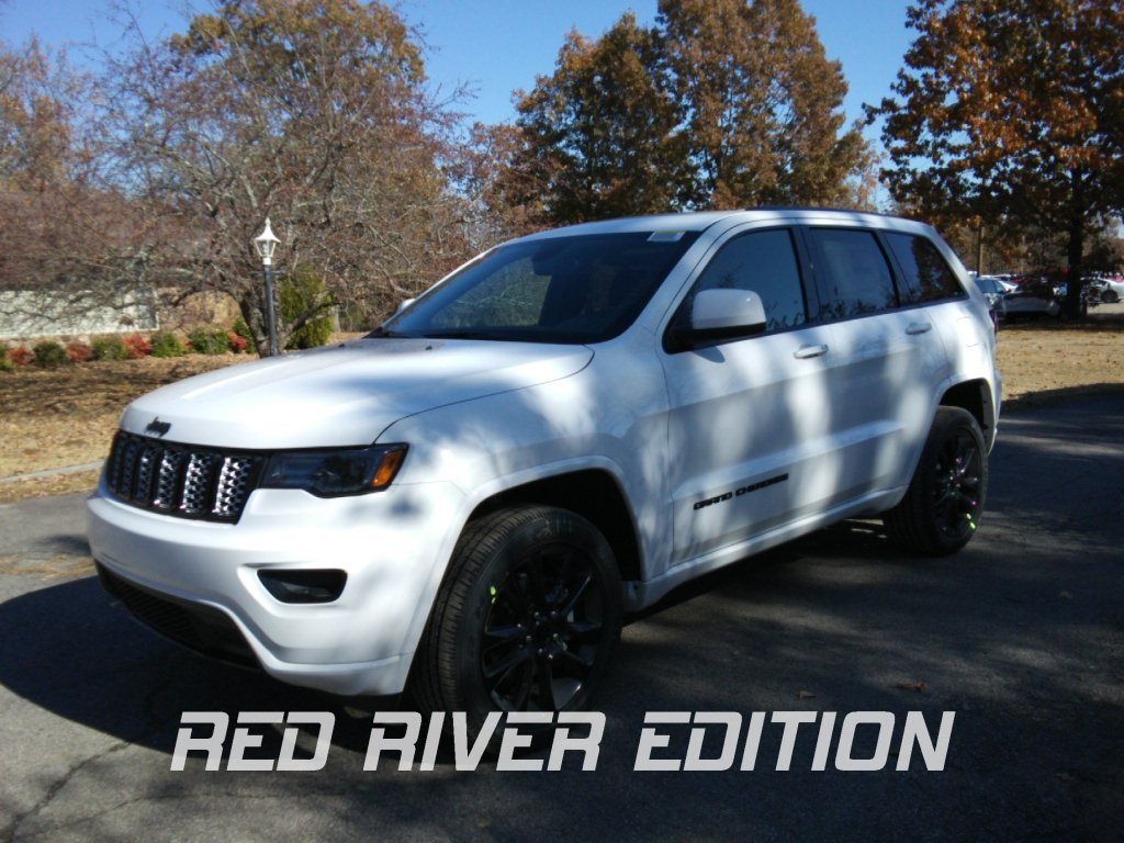 New 2020 JEEP Grand Cherokee Altitude